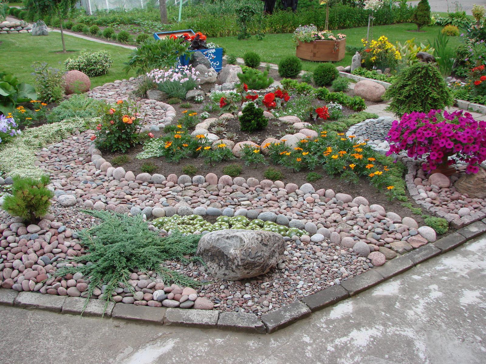 Цветники в огороде